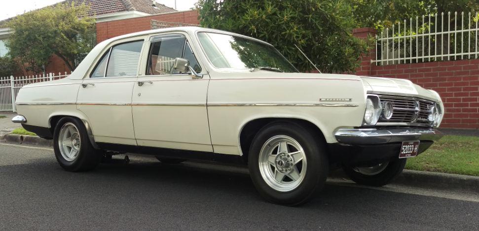 Holden HR